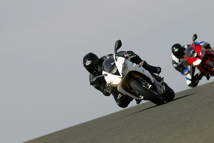 2013 triumph daytona 675r review