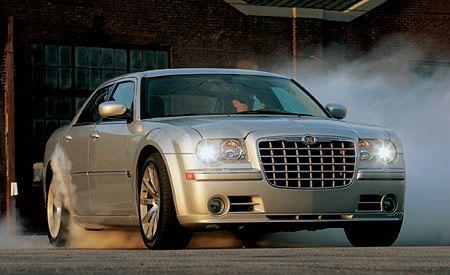 2007 chrysler 300 srt8 review