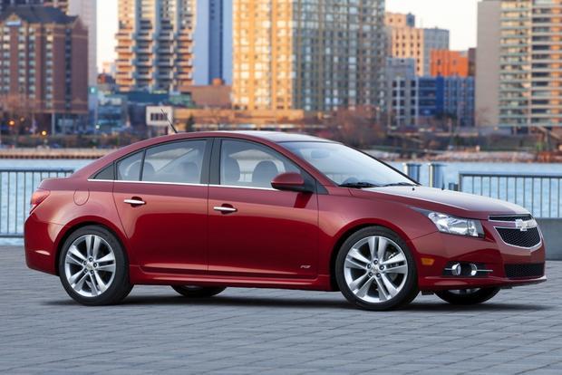 car reviews holden cruze 2012