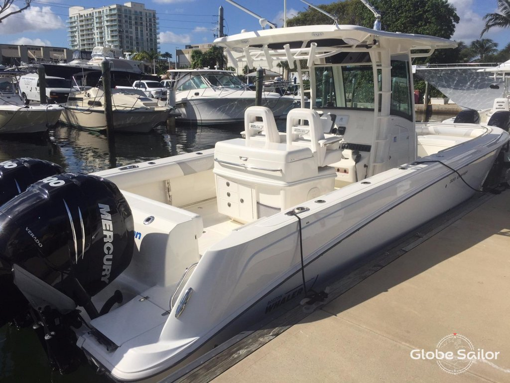boston whaler 320 outrage review