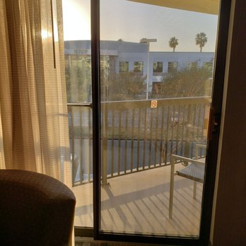 courtyard san diego central reviews