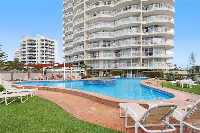 hi surf apartments gold coast reviews