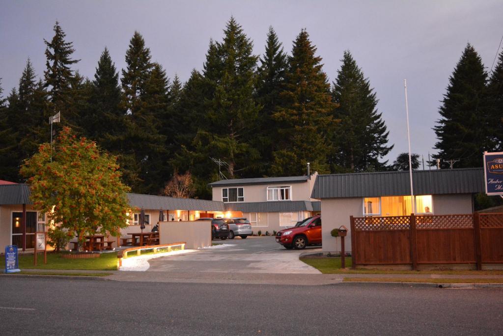 asure amber court motel te anau review