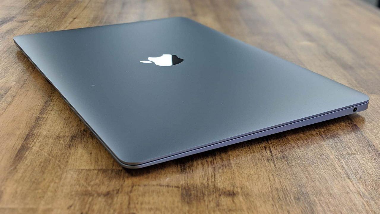apple macbook air review 2017