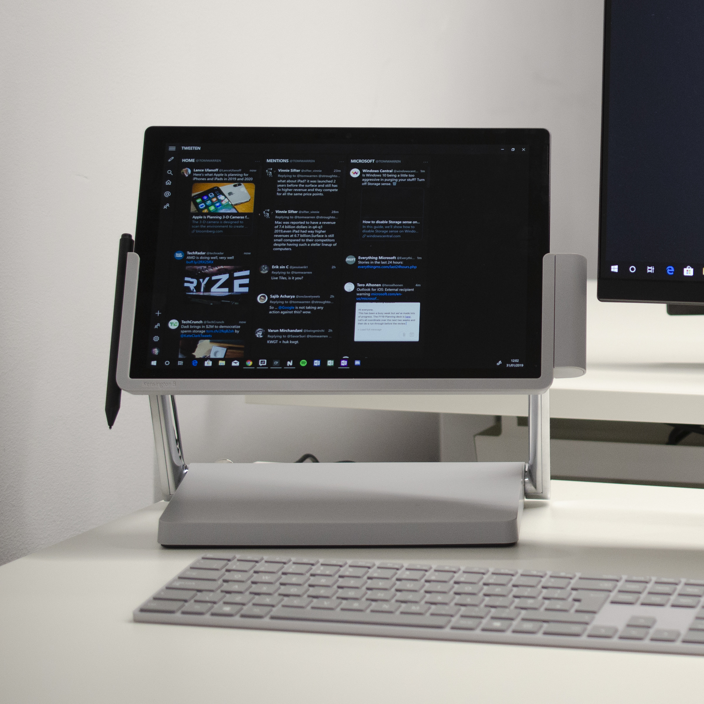 surface pro docking station review