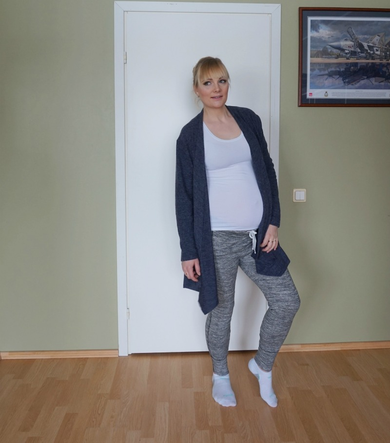 h&m maternity jeans review